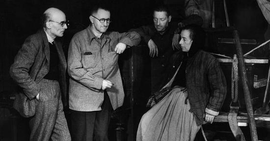 The construction of Brecht's plays